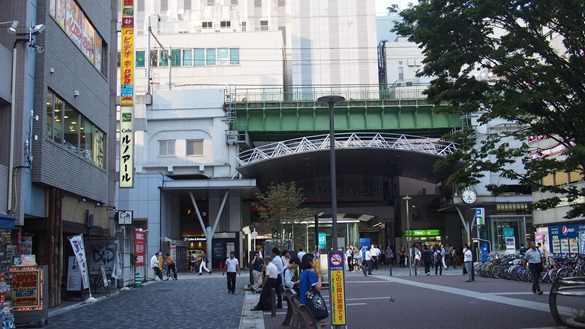 昭和通り口