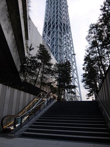 スカイツリー展望台への階段